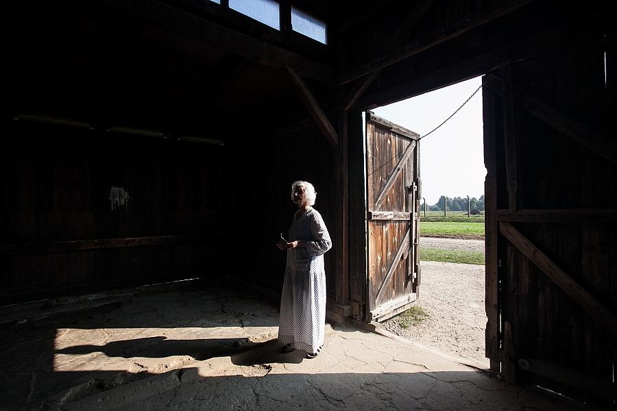 Fahidi Éva 90 évesen Birkenauban